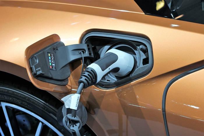 Najważniejsze informacje o czasie trwania ładowania samochodu elektrycznego
